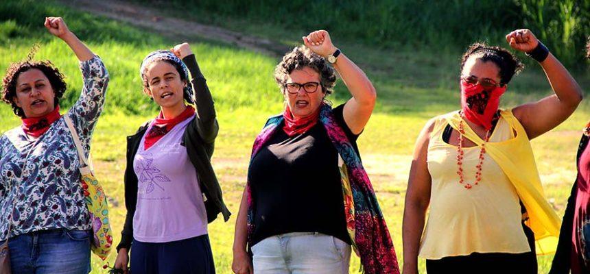 Camponesas debatem o protagonismo das mulheres nas lutas sociais