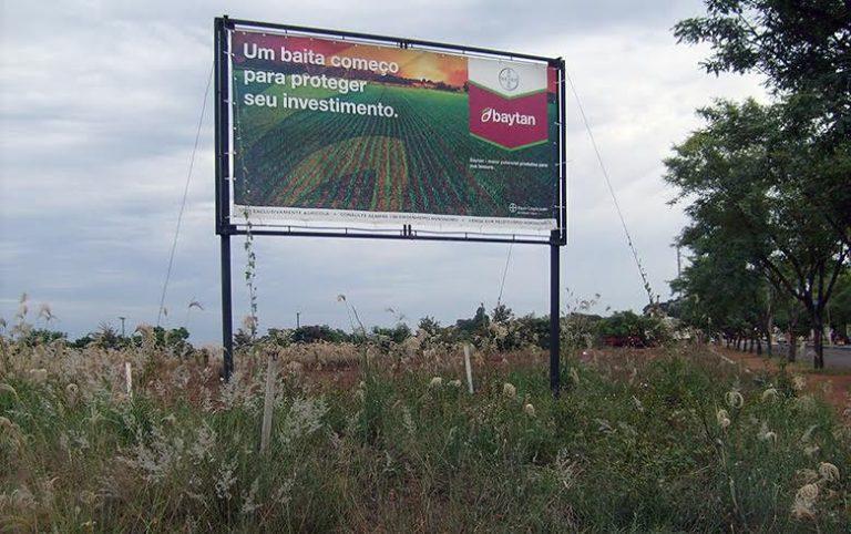 Agronegócio desobedece os principais pontos da legislação sobre agrotóxicos