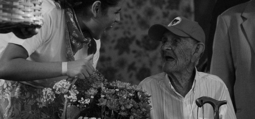 O menino de 107 anos do MST