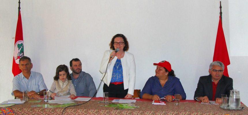 """""""A cidade precisa dos produtos da Reforma Agrária"""", afirma presidenta do Incra"""