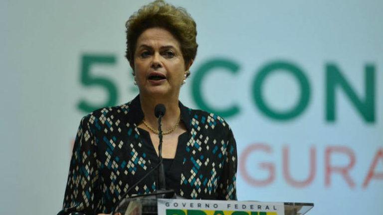 Movimentos criticam recuo do governo sobre o Programa de Redução de Agrotóxicos