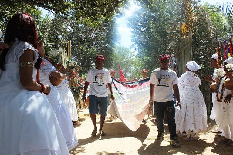 Juventude Sem Terra sobe o Quilombo dos Palmares em homenagem a luta da povo negro