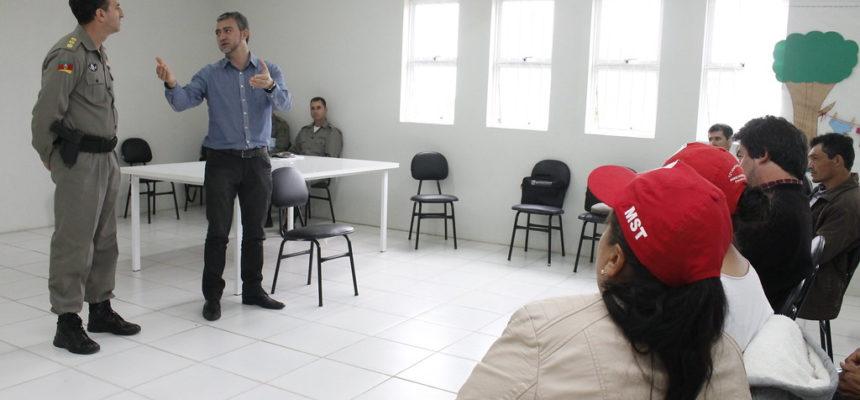 Brigada Militar exige que famílias Sem Terra deixem fazenda em São Lourenço do Sul