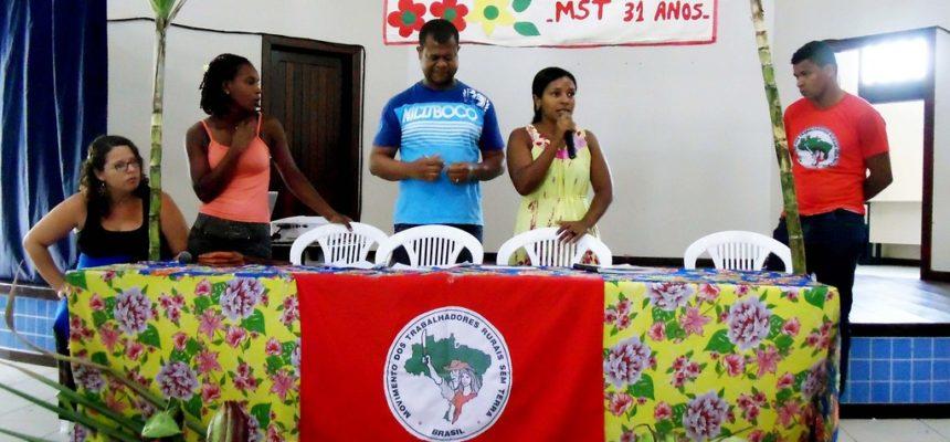 Sem Terra debatem os desafios da luta pela democratização da terra na Bahia