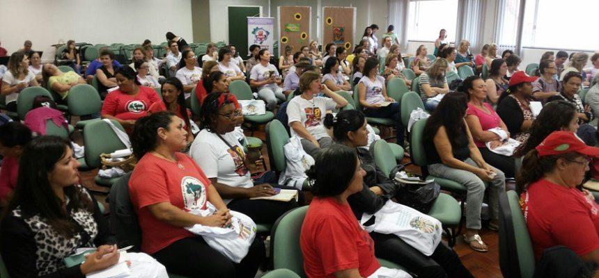 Camponesas apontam agroecologia e feminismo como bandeiras de transformação social