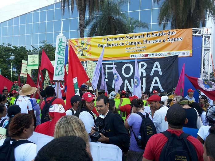 Movimentos realizam ato em Conferência Nacional de Saúde