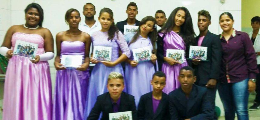 Na Bahia, Jovens Sem Terra comemoram conclusão de curso