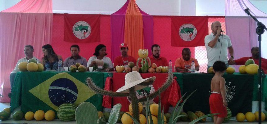 No norte da Bahia, Sem Terra debatem os desafios da luta pela terra