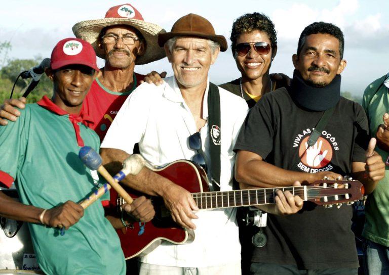 """Banda """"Um de Cada Canto"""" impulsiona a luta na Bahia"""