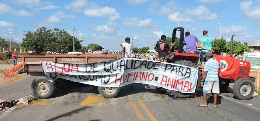 Por água, Sem Terra ocupam subestação da Petrobras no Ceará