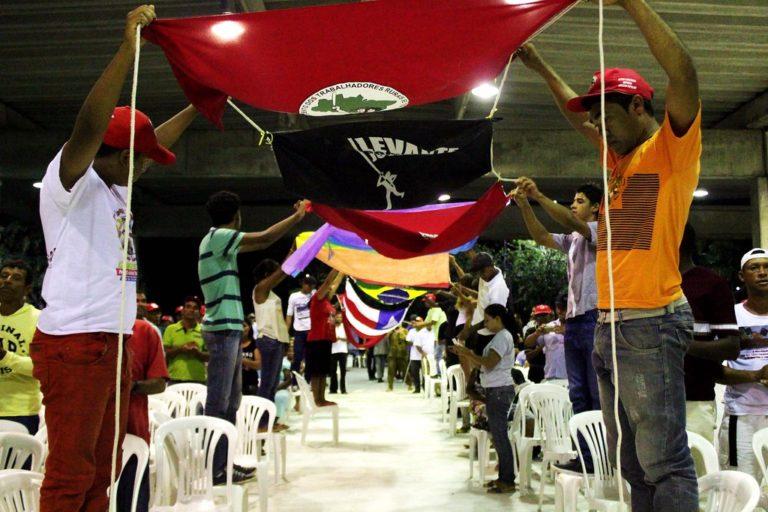 Sem Terra festejam Encontro Estadual na Bahia