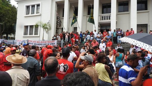 """Região de Bauru é o novo """"Pontal"""", revela Incra em audiência organizada pela CUT e movimentos sociais"""