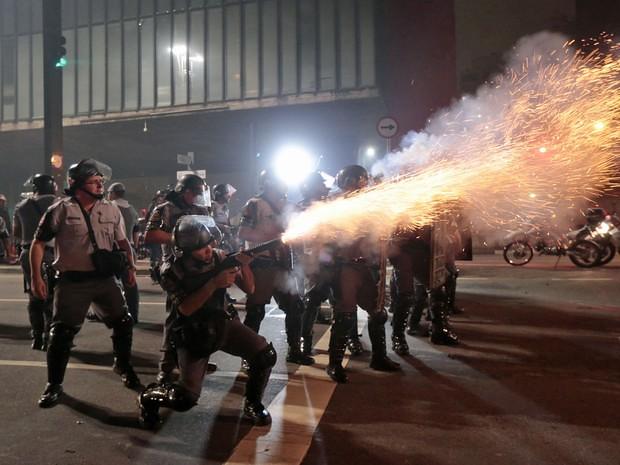 MST repudia ação violenta da polícia de São Paulo
