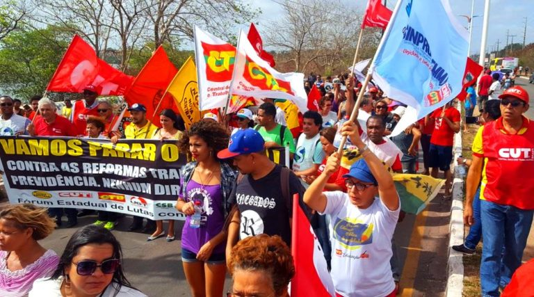 Acompanhe minuto a minuto os atos contra a Reforma Trabalhista