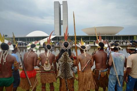 'Ódio e violência contra indígenas têm relação com bancada ruralista no Congresso'