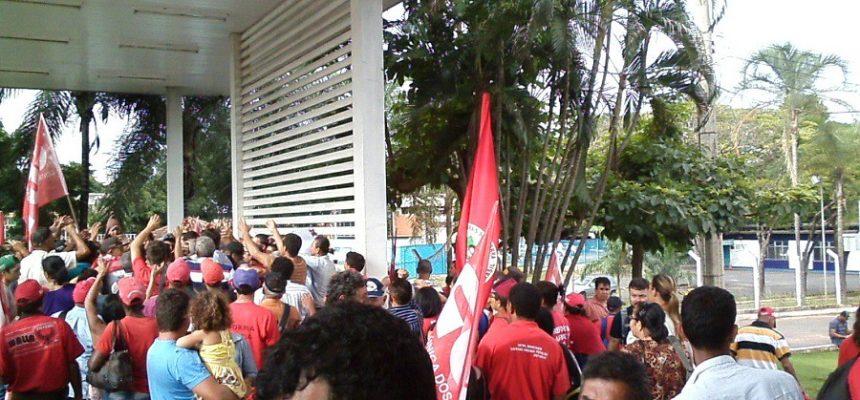 Movimentos ocupam Secretarias da Fazenda contra privatização da Celg