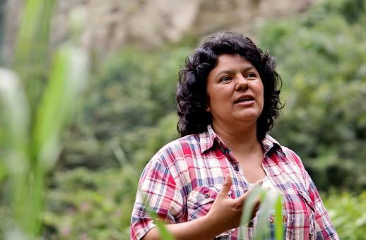 Assassinam Berta Cáceres, líder indígena de Honduras