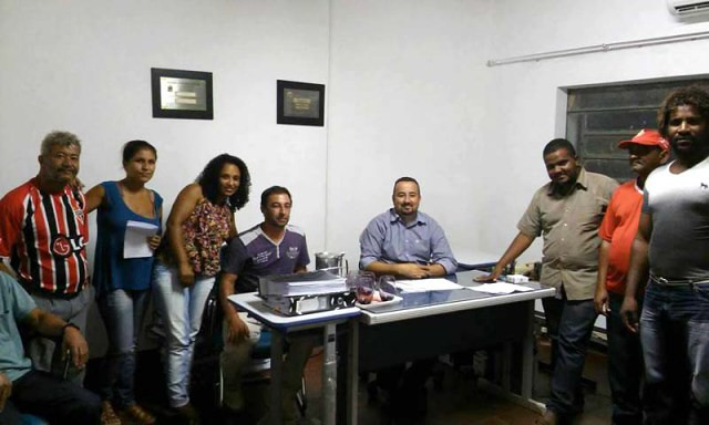 Após mobilizações, Sem Terra se reúnem com prefeitos na BA