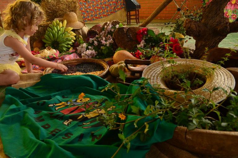 Sem Terra participam da 1ª Festa da Cultura Camponesa em Chapecó