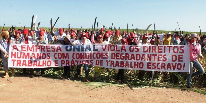 Mais de mil mulheres Sem Terra ocupam fazenda autuada por trabalho escravo na BA
