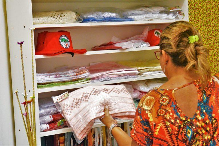 Produtos da Reforma Agrária são comercializados em Shoping da Capital Sergipana