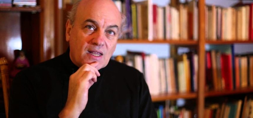"""""""Não se pode combater a desigualdade sem lutar contra os ricos"""", analisa jornalista uruguaio"""