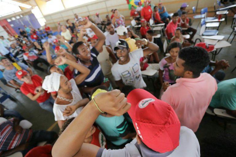 encontros regionais preparam militância para 30º Encontro Estadual do MST