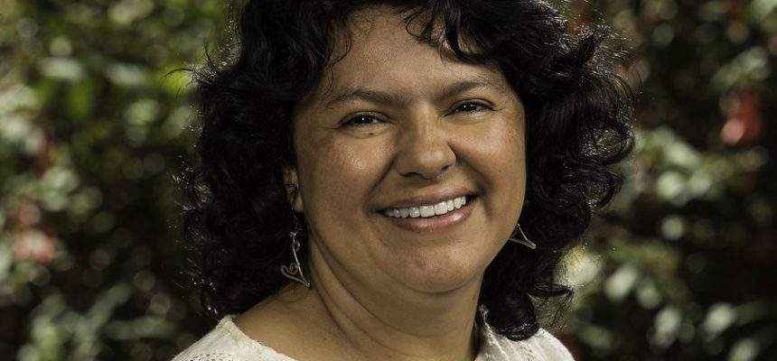 Movimentos Populares brasileiros pedem justiça para Berta Cáceres