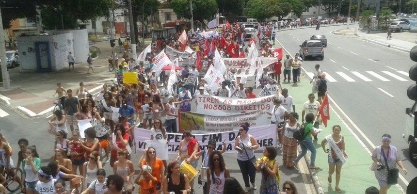 Mulheres do Espírito Santo denunciam violação de direitos sociais