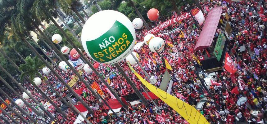 Atos em defesa da democracia mobilizam 700 mil pessoas em todo o país