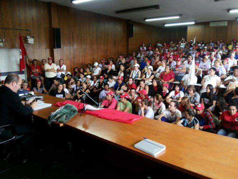 Mulheres camponesas continuam negociação com Secretaria de Desenvolvimento do RS