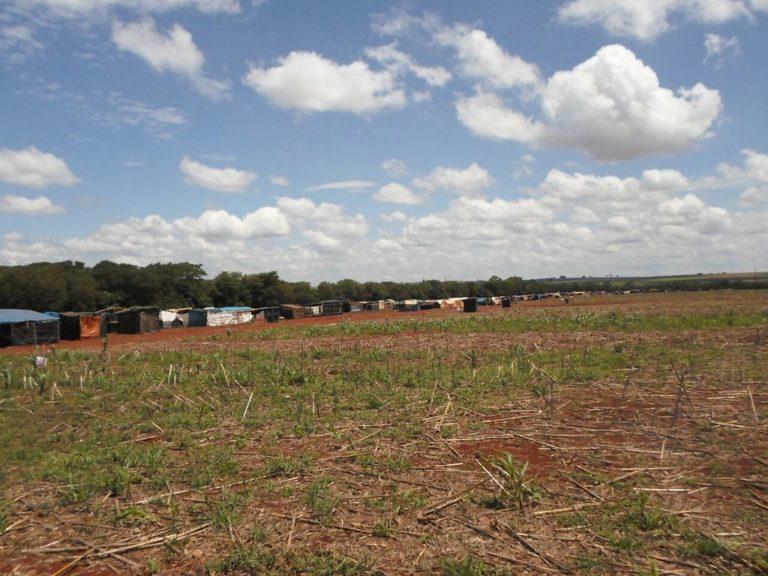 MST denuncia estado de sítio em Goiás