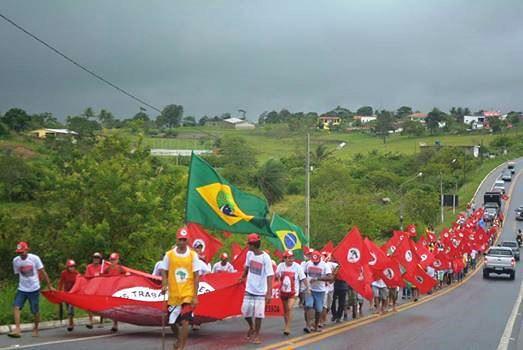Sem Terra realizam a V Marcha Estadual do MST da Paraíba