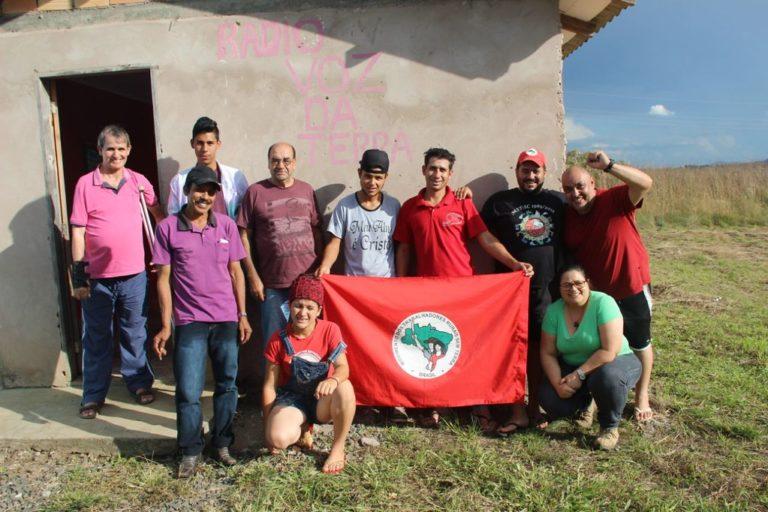 MST realiza 1° encontro de rádios comunitárias em Santa Catarina
