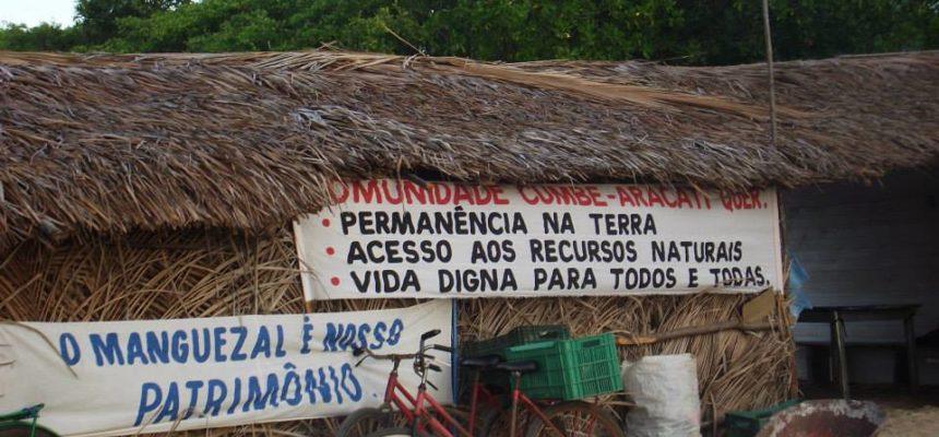 No CE, comunidades ocupam fórum em protesto contra carcinicultura