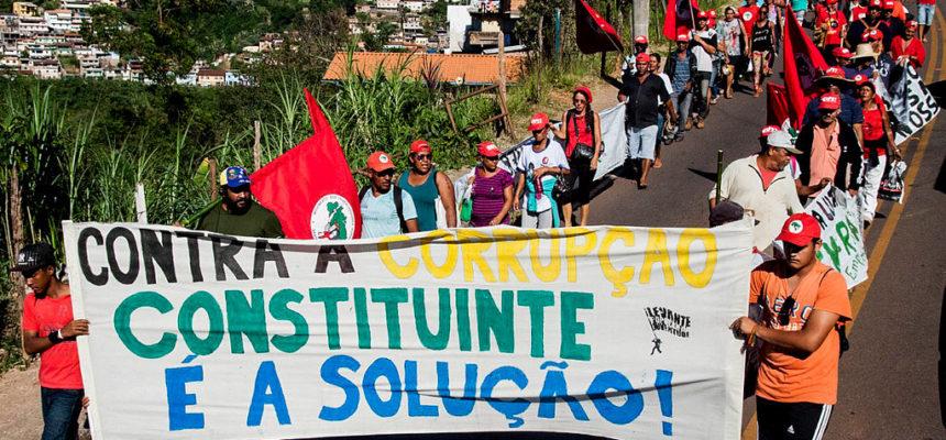 MST realiza marchas em defesa da Reforma Agrária e da Democracia