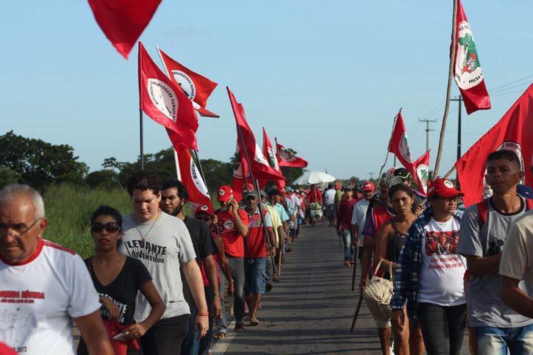 em defesa da democracia e contra o golpe