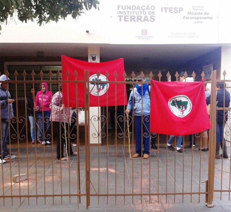 MST luta contra o golpe e pela reforma agrária no Pontal do Paranapanema