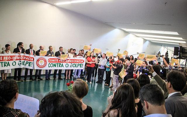 Comitê Pró Democracia inicia jornada no Congresso Nacional