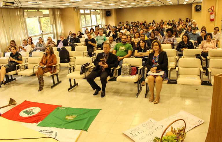 Seminário estadual defende o direito à educação das populações do campo