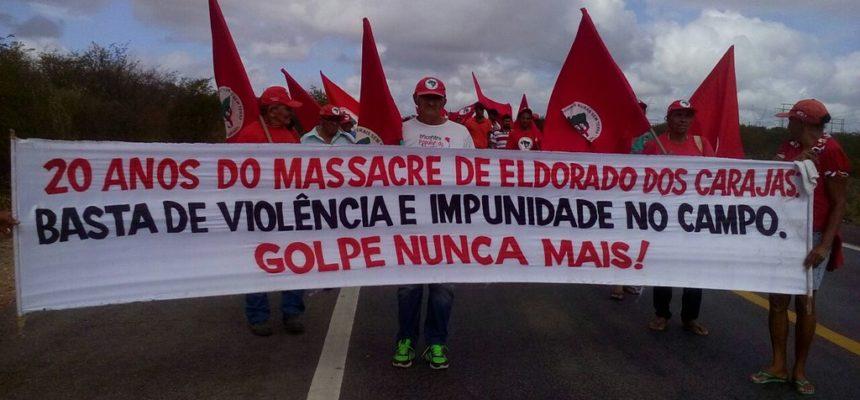 Sem Terra bloqueiam rodovias em Alagoas contra a violência no campo e em defesa da democracia