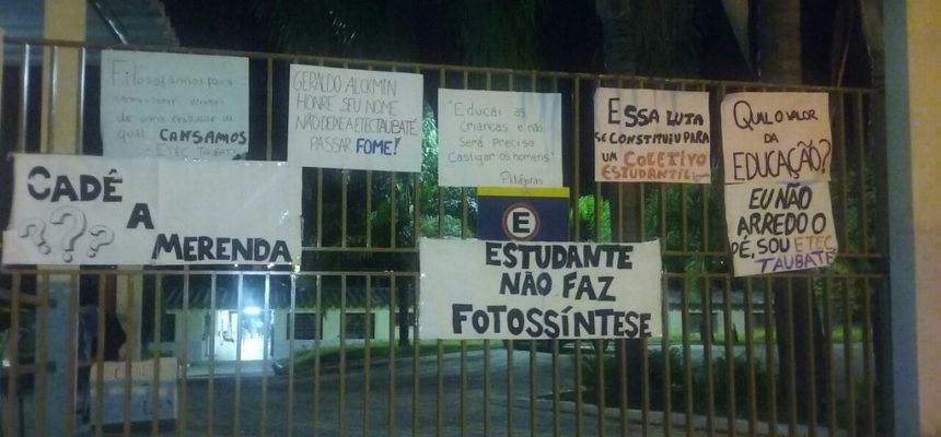 MST presta solidariedade aos estudantes da ETEC em Taubaté