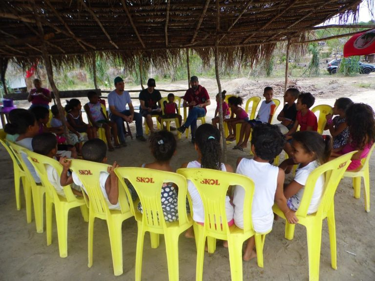 Trabalhadores rurais da Turquia visitam o Brasil para conhecer experiências do MST
