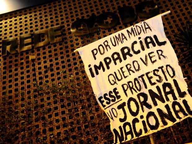 movimentos e organizações populares realizam ato contra Globo