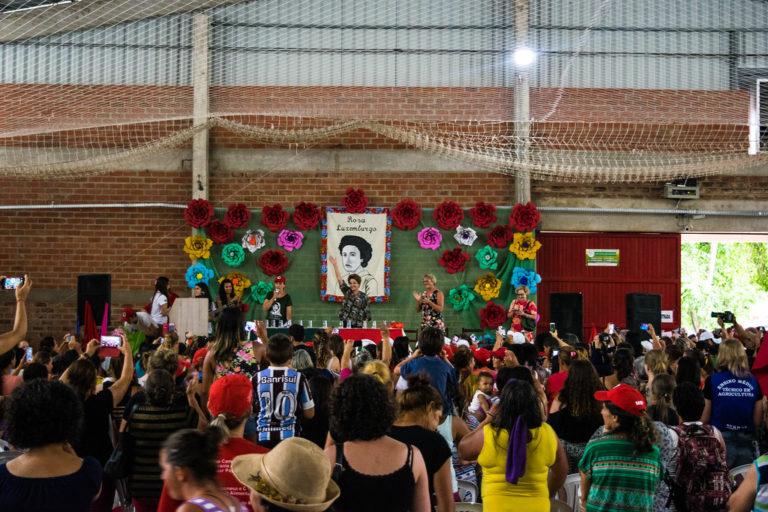 Dilma fala sobre resistência e democracia