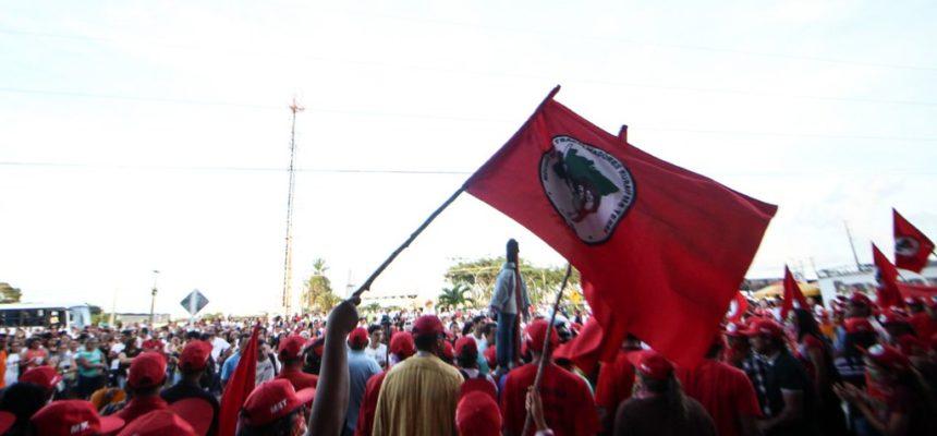 No RN, fábrica do Grupo Guararapes é ocupada por mulheres