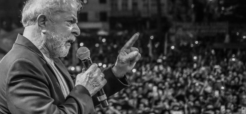 TRF-4 ignora STF e aumenta pena de Lula para 17 anos