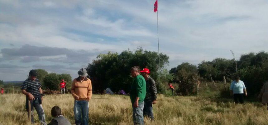 MST monta acampamento no coração do latifúndio gaúcho