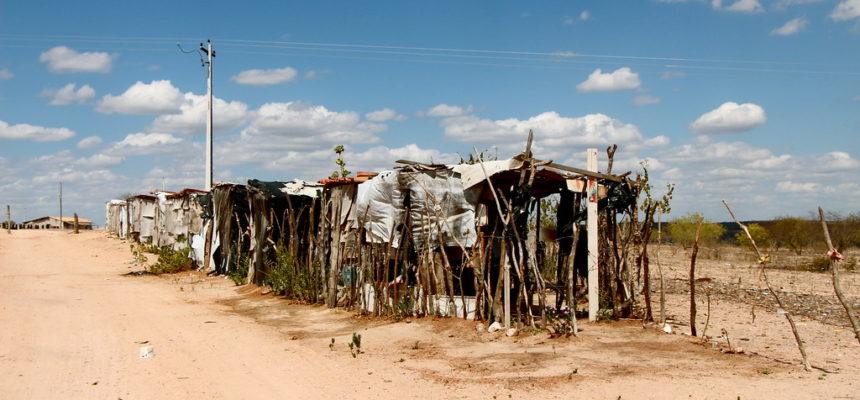 Jagunços ateiam fogo em acampamento no Sertão de Alagoas e ameaçam Sem Terra