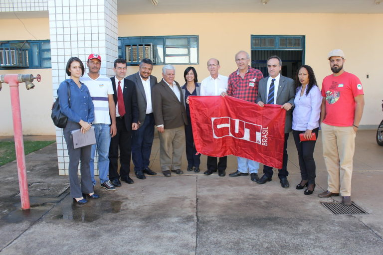 Representantes da Câmara Federal criticam perseguição política ao MST de Goiás